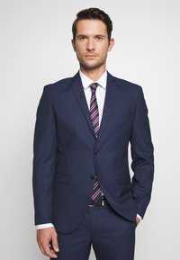 Selected Homme - SLHSLIM MYLOHOLT NAVY SUIT  - Suit - navy - 2