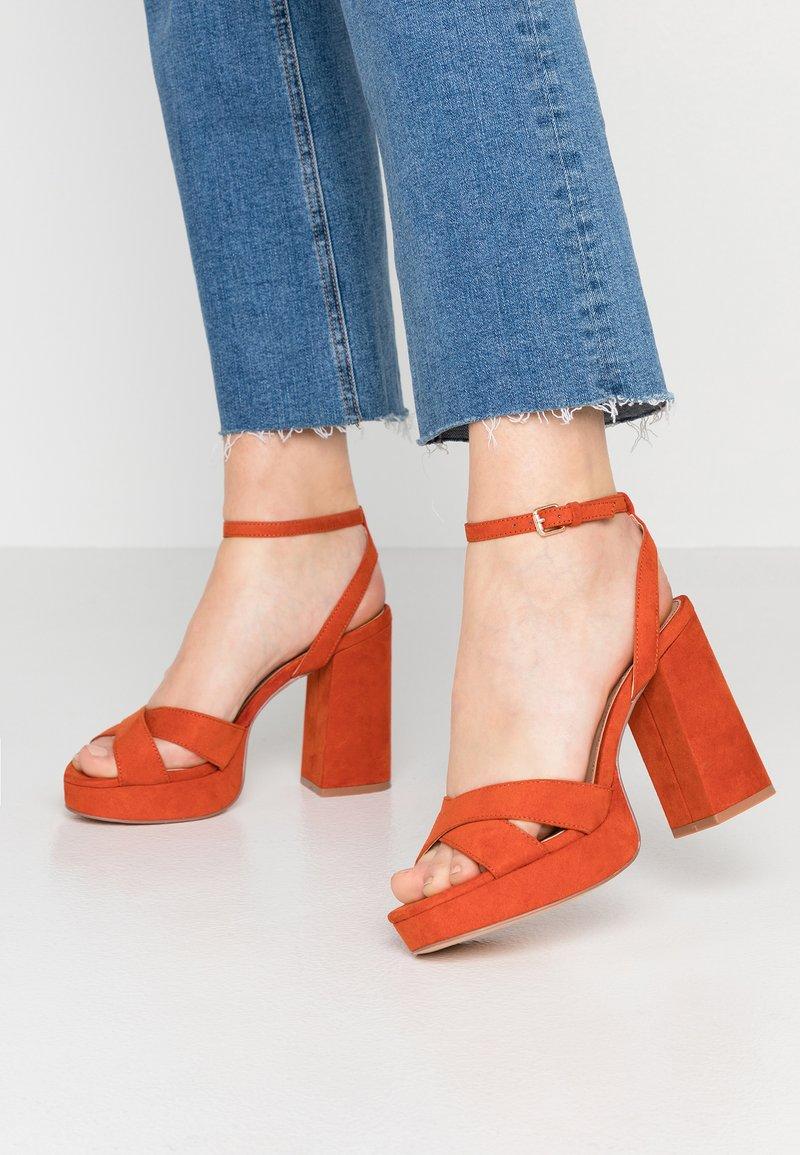 ONLY SHOES - Sandály na vysokém podpatku - orange