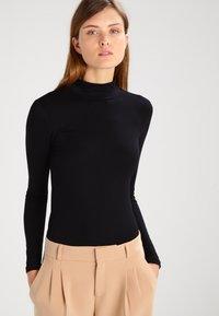 Selected Femme - SFMIO NOOS - Long sleeved top - black - 0