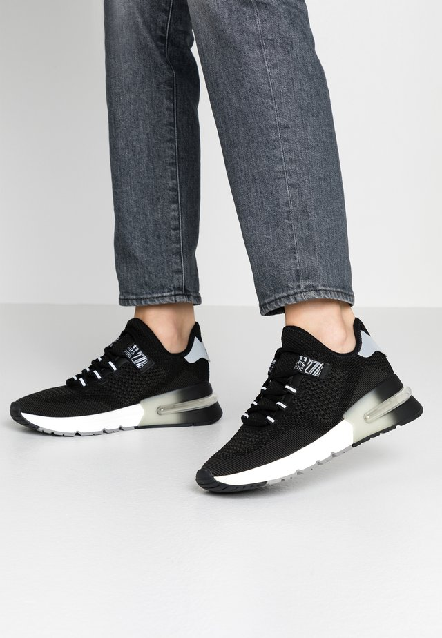 KRUSH BIS - Sneakers - salt/black/white