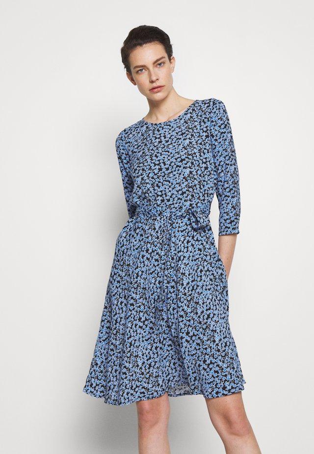 JUNE - Robe d'été - blue