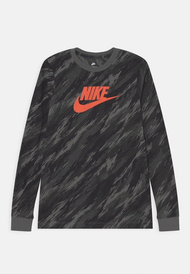 Nike Sportswear - TEE CAMO FUTURA - Maglietta a manica lunga - iron grey