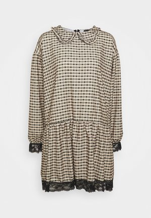GINGHAM COLLAR DRESS - Day dress - camel