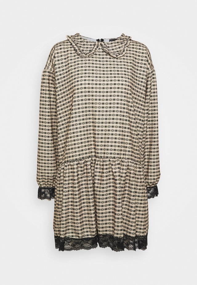 GINGHAM COLLAR DRESS - Vestito estivo - camel