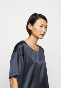 MAX&Co. - CETACEO - Blouse - midnight blue - 3