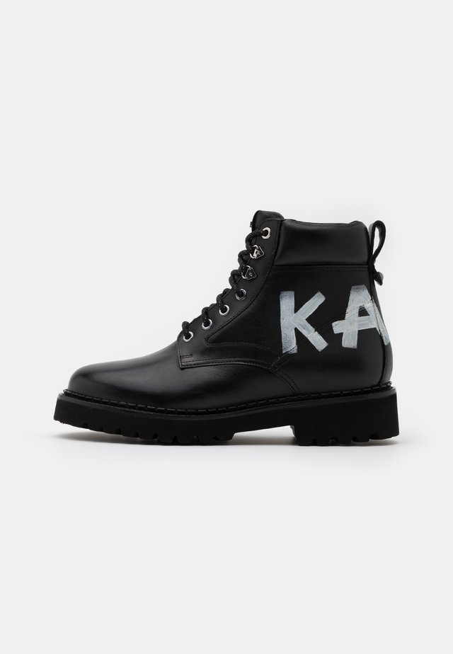 TERRA BRUSH LOGO LACE BOOT - Botines con cordones - black