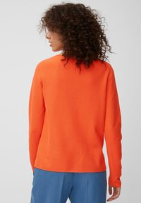 Marc O'Polo - LONGSLEEVE SOLID STRUCTURED SEAMLESS - Jumper - orange - 2