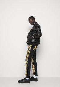 Versace Jeans Couture - Veste en cuir - nero - 7