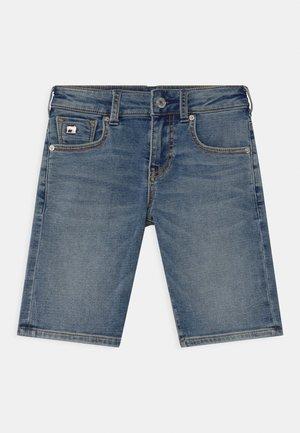 STRUMMER - Denim shorts - weathered blue light