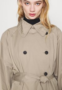 Weekday - TRAVIS  - Trenchcoat - beige - 3
