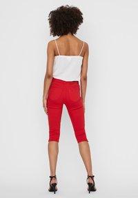 Vero Moda - VMSEVEN - Denim shorts - goji berry - 2