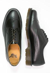 Dr. Martens - 3989 - Zapatos con cordones - schwarz - 1