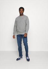 Mustang - WASHINGTON - Straight leg jeans - denim blue - 1