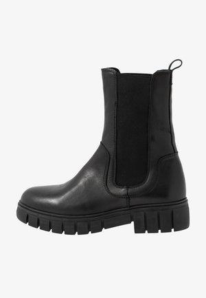 REBEL CHELSEA HIGH - Korte laarzen - black