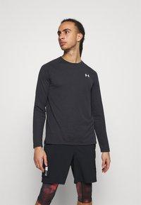 Under Armour - STREAKER  - Langærmede T-shirts - black - 0
