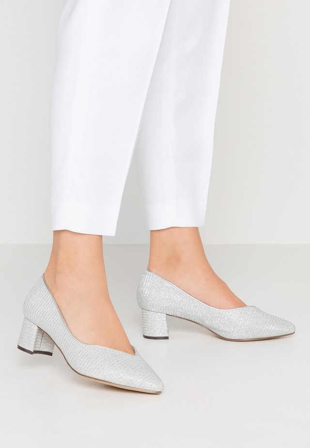 FABLE WIDE FIT - Klassiske pumps - silver