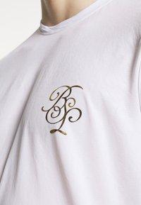 Brave Soul - GOLDEN - Print T-shirt - optic white - 4
