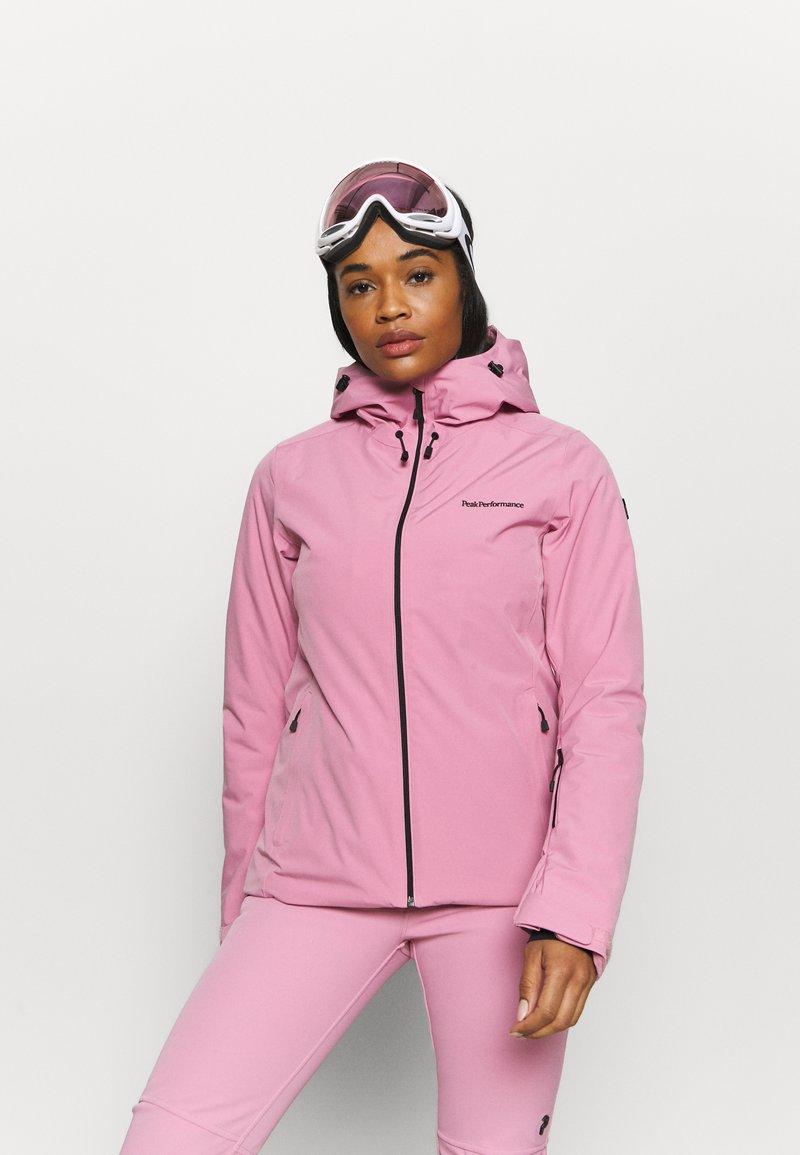 Peak Performance - ANIMA JACKET - Ski jacket - frosty rose