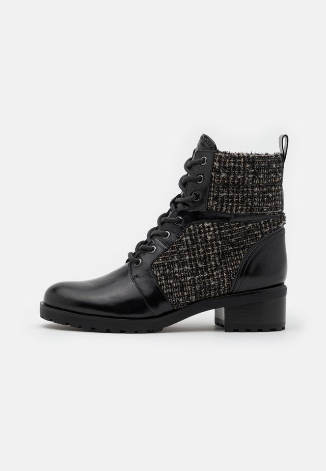 BRONTE BOOT - Bottines à lacets - black/natural