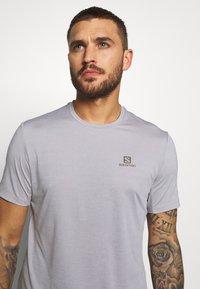 Salomon - TEE - T-shirt basic - alloy/heather - 4