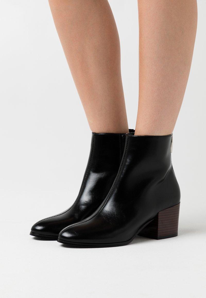ONLY SHOES - ONLBELEN BOOT  - Stivaletti - black