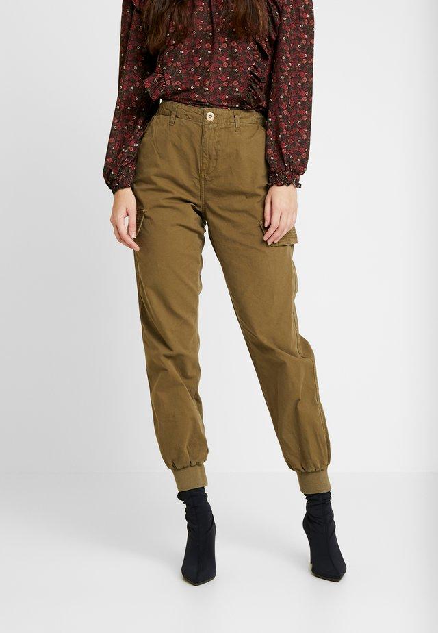 KADIE TROUSER - Pantaloni - khaki