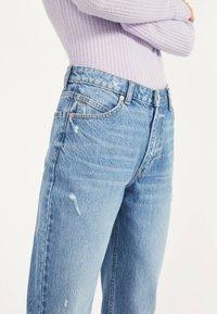Bershka - MOM - Straight leg jeans - light blue - 3