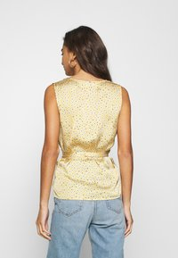 Never Fully Dressed - WRAP TOP - Bluser - gold - 2