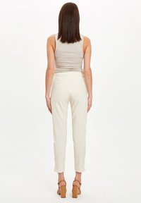 DeFacto - Pantaloni - beige - 2