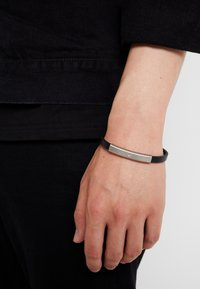 Emporio Armani - Bracelet - silver-coloured - 1