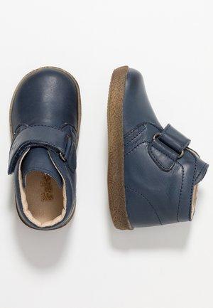 CONTE - Baby shoes - blau