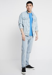 Levi's® - 501® SLIM TAPER - Jeans Tapered Fit - thistle subtle - 1