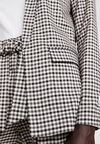 ONLY Tall - ONLLENA LONG - Short coat - grape leaf/black/cream pink - 5