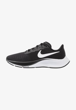 AIR ZOOM PEGASUS 37 - Nøytrale løpesko - black/white