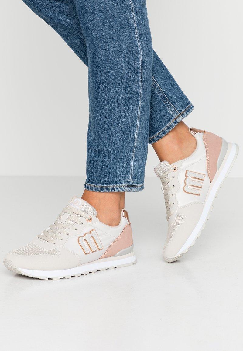 mtng - JOGGO - Sneakers - ecosu gris claro/lony