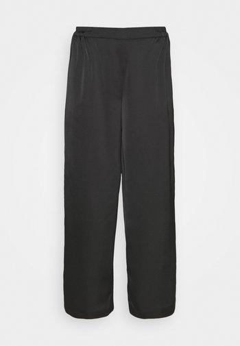 YASTERESA CROPPED PANTS - Bukse - black