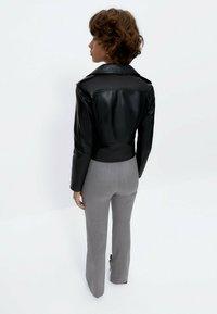 Uterqüe - Trousers - grey - 2