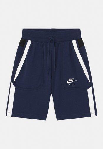 AIR - Shorts - midnight navy/black/white