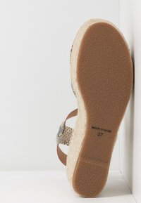 Vidorreta - High heeled sandals - brown - 6