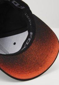 Fox Racing - FLEXFIT HAT  - Cap - black - 5