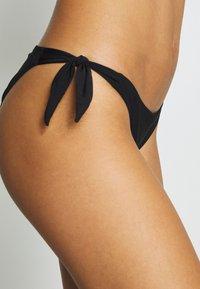 Chantelle - ESCAPE TIE-SIDE - Bikini bottoms - schwarz - 4