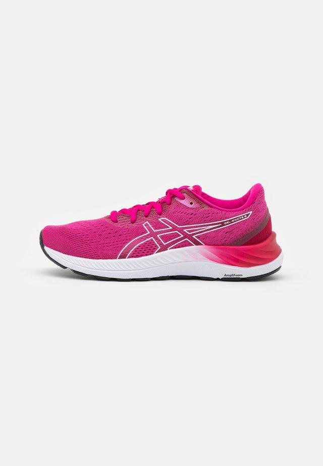 GEL EXCITE 8 - Neutrální běžecké boty - pink rave/white