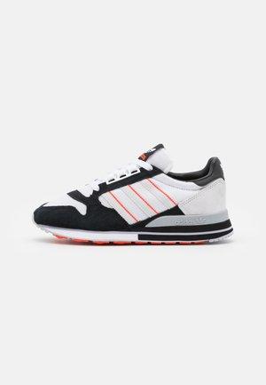 ZX 500 UNISEX - Zapatillas - footwear white/grey/core black