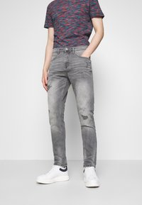 TOM TAILOR DENIM - TAPERED CONROY  - Jeans Tapered Fit - mid stone grey - 0