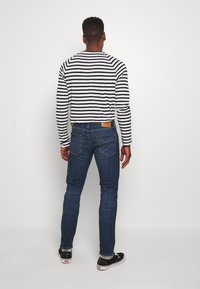 Levi's® - 502 REGULAR TAPER - Jeans Tapered Fit - wagyu moss - 2