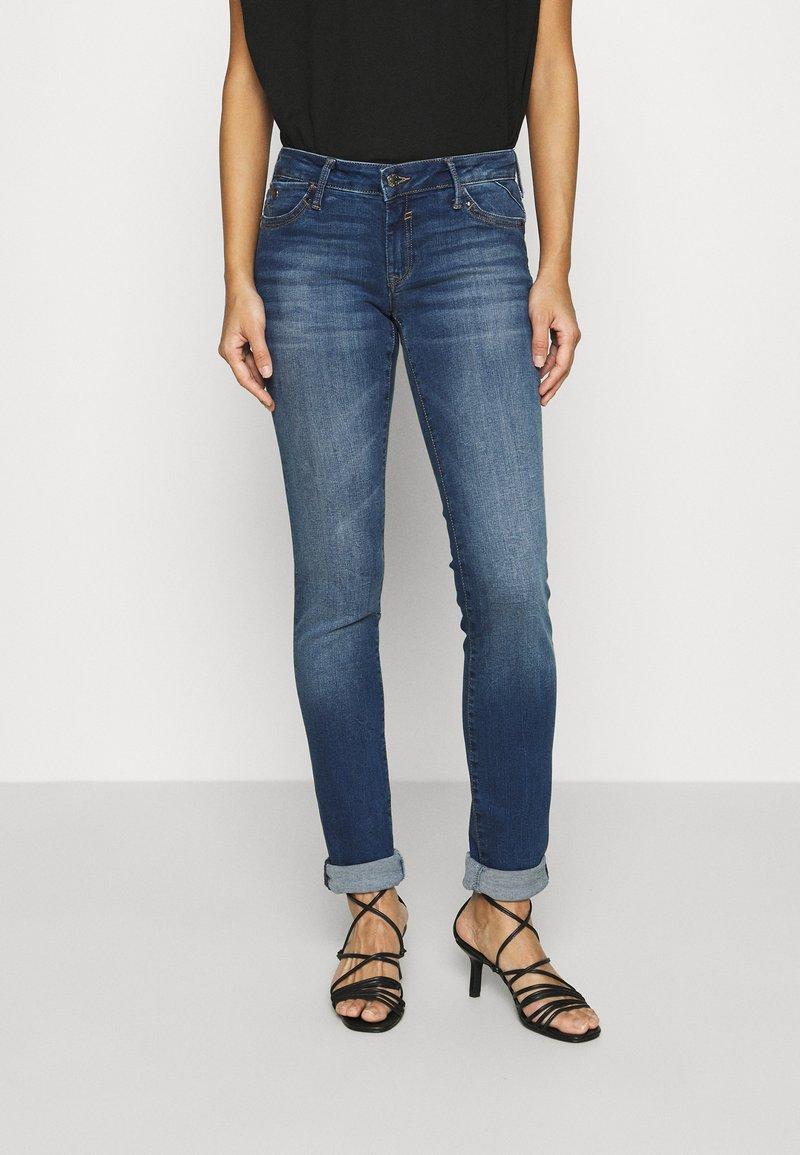 Mavi - LINDY - Slim fit jeans - dark brushed glam