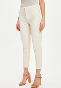 DeFacto - Pantaloni - beige - 0