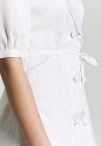 Fashion Union - BELLA - Shift dress - ivory - 5