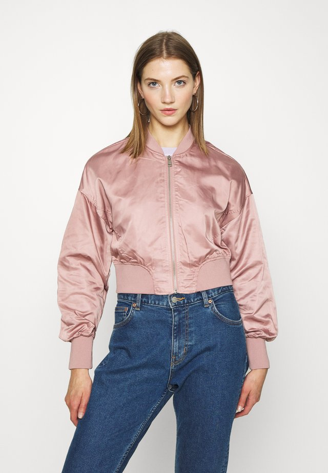 ONLJACKIE CROPPED JACKET  - Blouson Bomber - adobe rose