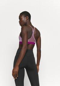 Nike Performance - INDY  - Sport BH - beyond pink/cactus flower - 2
